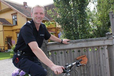 IVRIG SYKLIST: Per Ivar Antonsen er selv ivrig syklist, og stiller opp for sønnen Even når han er med på ritt.