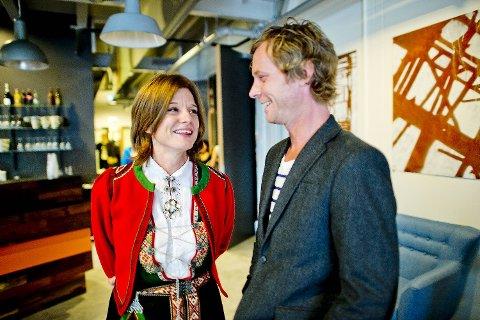 Prosjektleder Linda Børnes og Tore Christian Sævold, som har regi på   «Gatenes Helter», var spente før åpningsfesten.