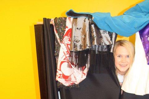 b9cf2aa4 TITT TEI: Karianne Lilleng låner de gamle lokalene til lekebutikken i  Veitasenteret. Skrot gir