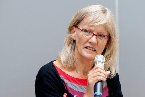 REISER DEBATT: Stortingsrepresentant Karin Andersen, SV.