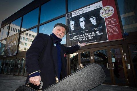 RINGEN ER SLUTTET: Trond Granlunds musikerliv begynte da han som 13-åring startet sitt eget band som sang Beatles. 50 år etter framfører han noen av de samme låtene i et hyllestshow til legendene fra Liverpool i Oslo Konserthus.