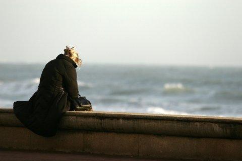 ALENE: I dette debattinnlegget skidrer en kvinne ensomheten i livet sitt. Illustrasjonsfoto.