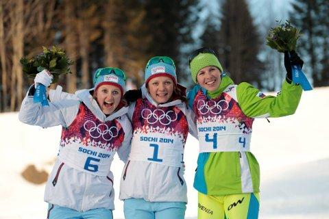 Ingvild Flugstad Østberg og Maiken Caspersen Falla kunne smile bredt etter tirsdagens sprintfinale. Foto: Lise Åserud / NTB scanpix
