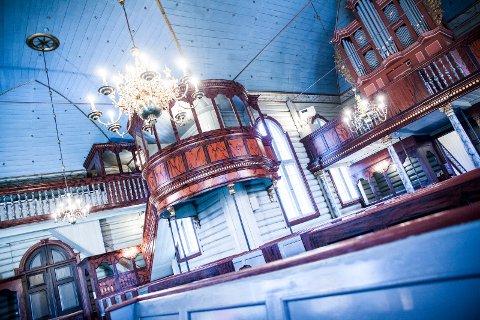 Ny glød: Det er blitt en helt ny glans i Drøbak kirke.