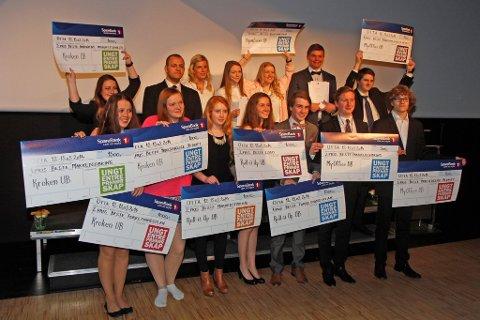 STORESLEM: Ungdomsbedriftene fra Hadeland videregående skole tok med seg flere førsteplasser fra fylkesfinalen på Otta.Foto: Jørgen Skaug