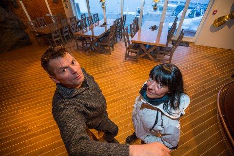 Trond Olav Olsen og Vibeke Danielsen har brukt ti år og nesten en million kroner i byråkratiet på å bygge reiselivsbedriften Tappeluft Opplevelser.