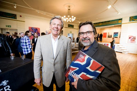 TIL AMERIKA: Utstillingen skal videre til Amerika til høsten, sier forlegger Trond B. Olsen (t.v.) og professor Øivind Storm Bjerke.