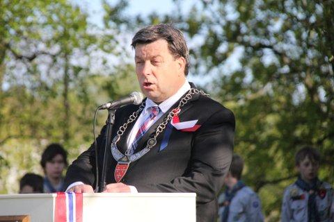 Ordfører John Ødbehr holdt tale i Grøstadparken. Han hedret de fra Vestby som ble drept under andre verdenskrig og orlogskaptein Trond André Bolle. Sistnevnte ble drept i Afghanistan av en veibombe.
