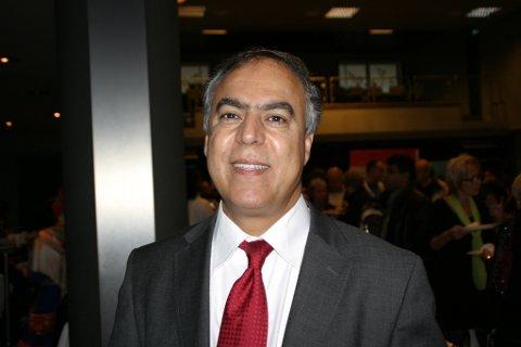 Bijan Gharahkhani, leder i Buskerud innvandrerråd, er bekymret for integreringen.