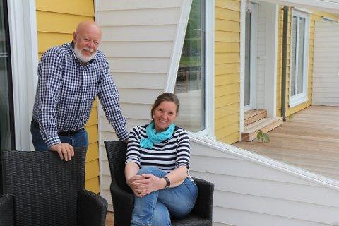 Hans-Peter og Gisela Kämpfer har investert 30 millionar kroner i ombygginga. - Vi føler dette er ei trygg investering å gjere i eit land som Norge, fordi økonomien her er så god, seier dei.