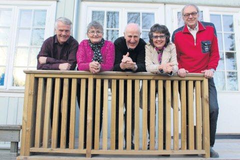 May-Britt Bro (nummer to fra venstre) vant to millioner kroner på Extra.