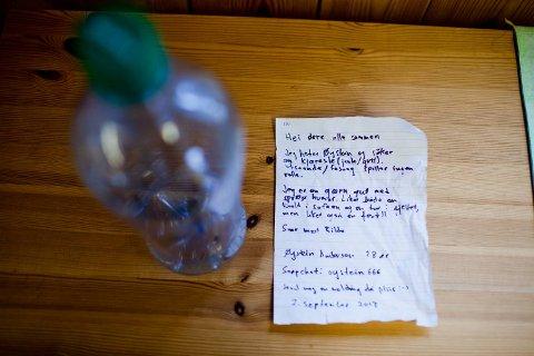 Slik så brevet inne i flasken ut.