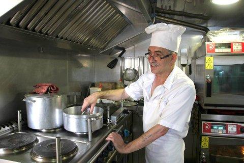 Kokken Donaciano Miranda lager utelukkende portugisisk mat. Det er det eneste som duger, ifølge ham.