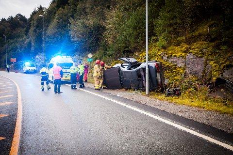 Det var berre ein bil involvert i ulykka i krysset ved Eknes karroseri.