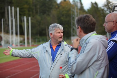 FULLT OPP: Trenartrioen f.v. Terje Rognsø, Geir Rindheim og Nils Tore Krosshaug har sitt å henge fingrane i søndag.