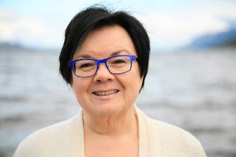 «TROLLKVINNE»: Bente Pedersen fra Skibotn planlegger 12?15 bøker med handlinga lagt til 1600-tallet. ? 1600-tallet er spekket med hekseprosesser langs Varangerfjorden. Jeg har valgt meg den jævligste hvor drøyt 30 mennesker trekkes inn, blant annet står flere barn tiltalt.  Foto: Lill-Karin Nyland