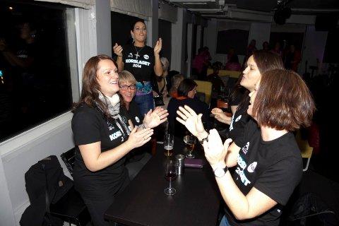 FRA BYGDA: Bygdefolket er glad i å synge. Her stemmer Ballangen/Tysfjord-koret i en trall.