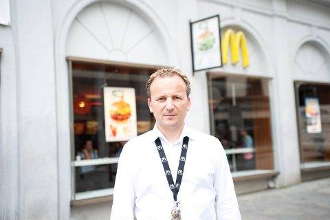 Franchiseeier Johan Petter Raa eier både McDonalds på Bryggesporen og på Torgallmenningen.