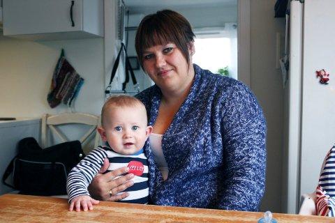 Jeanette Rostad håper at folket kan være med å bygge opp miljøet på Gimsøya igjen.