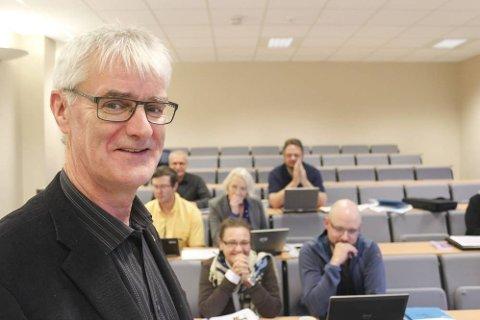 PROSJEKT: Studierektor Geir Solli ved Mosjøen VGS har vært med på å skape internasjonal interesse for et treårig IKT-prosjekt skolen deltar i.