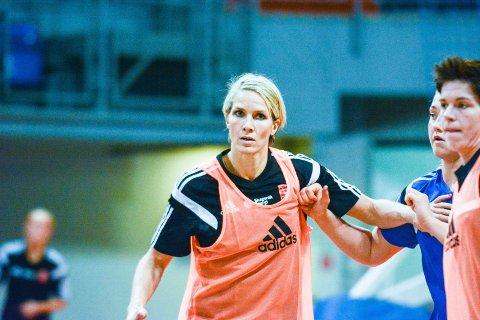 Står i mot: Gro Hammerseng-Edin og Larvik HK er best i forsvar til nå i Champions League.Arkivfoto: Torgrim Skogheim
