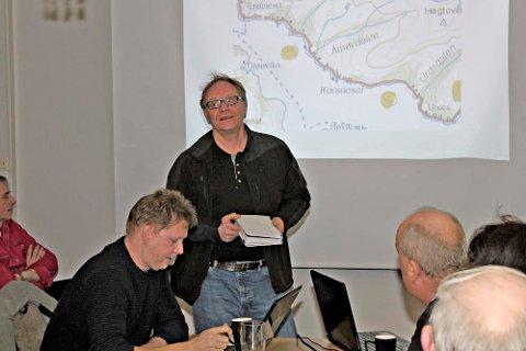 FLYTTE: Sigmund Bårdvik tok til orde for å flytte det stengte området på Fylkesvei 78 til kommunegrensen mellom Leirfjord og Vefsn.