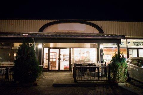 Restauranten i Førde sentrum har vore open i to år. No er det slutt.