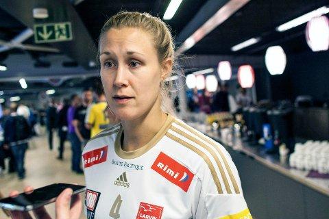 Ikke klar: Marit Malm Frafjord kan ikke spille mot gamleklubben Byåsen i kveld, men er med på flyet opp for å være tilskuer ? og hilse på det som er igjen av kjentfolk i Trondheim.Arkivfoto: Audun Braastad/NTB scanpix