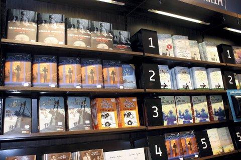 Historiske bøker, særlig om 2. verdenskrig, krim fra lokale forfattere og oppfølgere til populære serier er populære gaver fra bokhandelen.