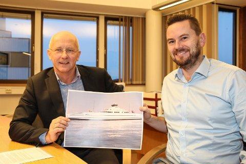 Nye ferjer: Konsernsjef Brynjar Forbergskog (t.v.) og Finans- og innkjøpssjef Stein Andre Olsen i Torghatten ASA er svært fornøyd med de nye ferjene som skal trafikkere Moss-Horten fra 2017.