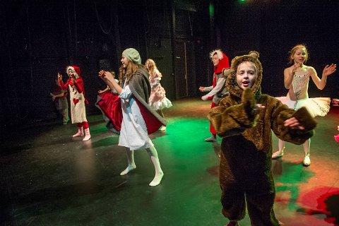 Nisser, bjørner, godteri og ballettdansere har alle fått sin plass i «Julens Magi»