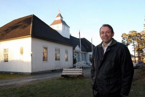 TILBAKE: Tidligere Stortingsrepresentant Lars Rike har kjøpt sitt barndomsrike Langesund Bad, og vil føre det tilbake til gammel storhet og helårsdrift. foto: anita Mjelland