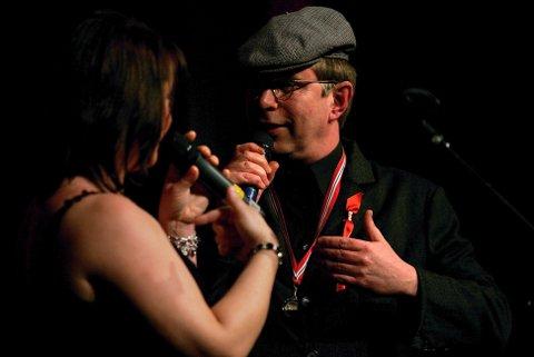 Glåmdalens artistgalla 2007. Sølvi Hansen i duett med Peik Reidar Gnu (Øyvind Roos). FOTO: FREDE Y. ERIKSEN