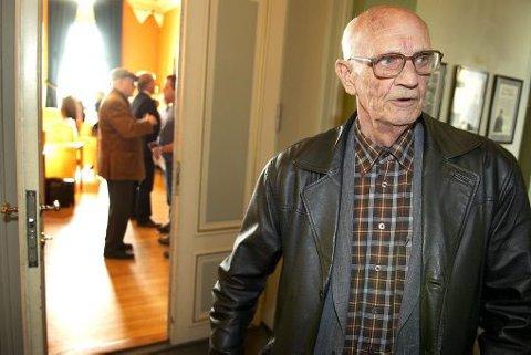 SYKEHJEM: Jan Rugstad, leder av Fagforbundets pensjonistgruppe, vil ha penger fra krisepakka til eldreomsorg.