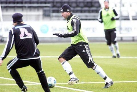 NEI TAKK: Morten Fevang og Odd-spillerne vil gjøre det de kan for å hjelpe klubben, men de vil ikke gå ned i lønn.