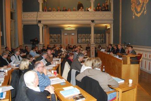 Bystyret behandler skolestruktursaken i Porsgrunn. Fem skoler ser ut til å bli nedlagt.