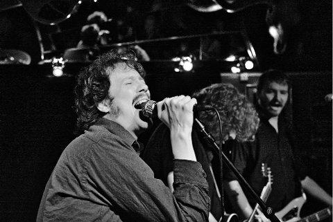 The Considerate  Lovers:  Befester sin posisjon som et av byens beste rockband noensinne, i følge vår anmelder.