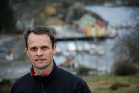 Tom Erling Bahus er innleigd for å marknadsføre og byggje nettverk for nystarta Solundmat AS. Arkivfoto