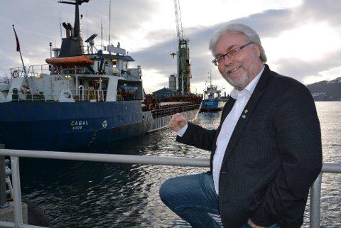 GLAD: Ordfører Kai Henriksen er overlykkelig for at Mo i Rana havn blir en del av det europeiske transportnettverket med sin TEN-T status. Foto: Viktor Leeds Høgseth