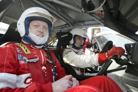 Full fart: Ole-Martin ute på tur med den franske rallylegenden Sebastien Loeb.