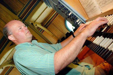 Johan Martin Røsand har fått tilbud om å bli ny organist i Kirkelandet kirke. (Arkivfoto)