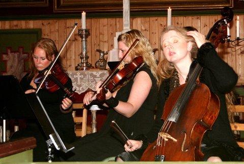 POSTLUDIUM: Randi Elise Valla spilte gåshud på publikum gjennom postludium bygd over en folketone fra Saltdal.