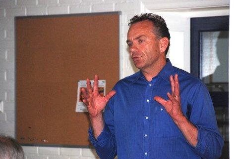 Arne Lindstøl eier 51% av Solsiden Eiendom. Han uttrykker stor tilfredshet over at det var lokale arkitekter som vant konkurransen.