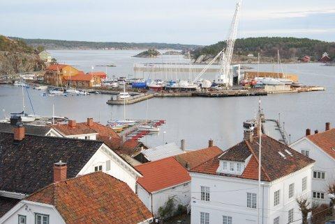 Mandag formiddag og kveld ble Holmenforslagene presentert for henholdsvis arkitekter og politikere samt kommunens administrasjon.