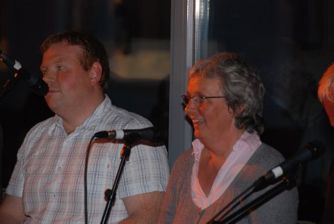 Stian Lund og Helene Frydenberg representerte de lokalte politikerne.