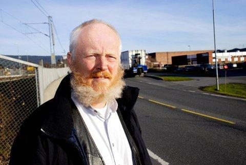 Kommunelege Einar Braaten mener de som trenger hjelp etter eksempelvis jernbane- og trafikkulykker må få samme hjelp som de berørte etter terroranslaget i sommer.  Lista for hjelp må ligge likt for alle, sier Braaten.