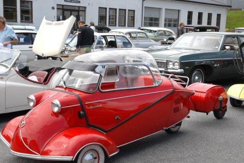 Ingeniørkunst: Dette røde kjøretøyet ble laget av den tidligere tyske krigsflyfabrikanten Messerschmitt i 1956 og eies av Erik Gjermundsen fra Fredrikstad. (Foto: Bendik Løve)
