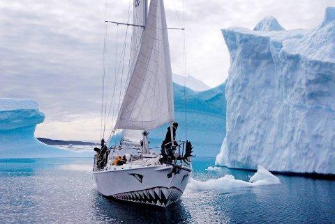«Berserk» i isødet på vei til Sydpolen.