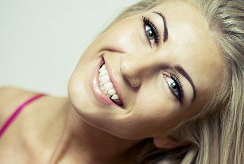 Til topps? Anette Noreide Grytten vann desemberkåringa til Miss Brun og Blid 2011.