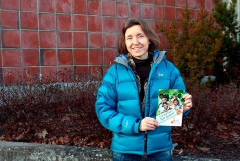Rebekka Øvre-Eide er ny leder for Forskerfabrikken Grenland. - I dag har vi kurs for 5. til 7. trinn, i tillegg til videregående kurs for lærere. Men vi jobber for å utvikle kurs rettet mot yngre klasser på barneskolen, sier hun.